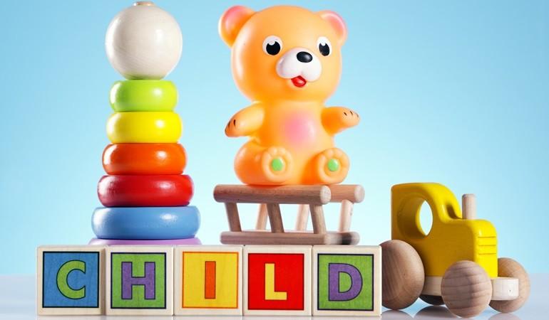 Vær opmærksom på legetøjsmad