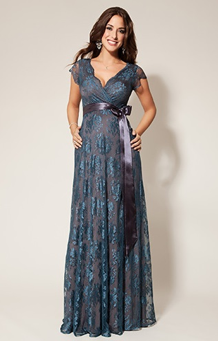 Lang kjole med blonder